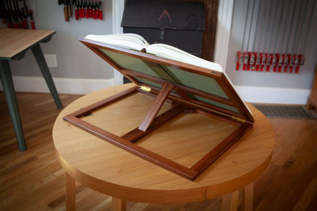 bookstand_opener_IMG_6909