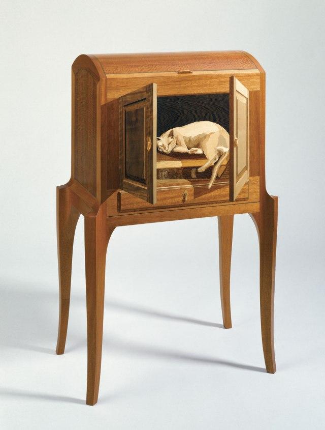 photo-9-cat-desk