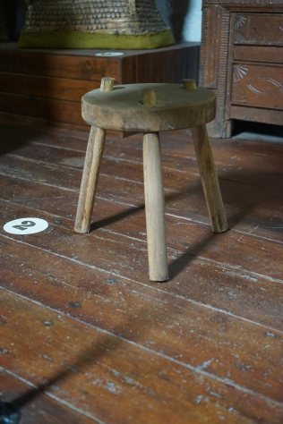 2-stool-DSC01302