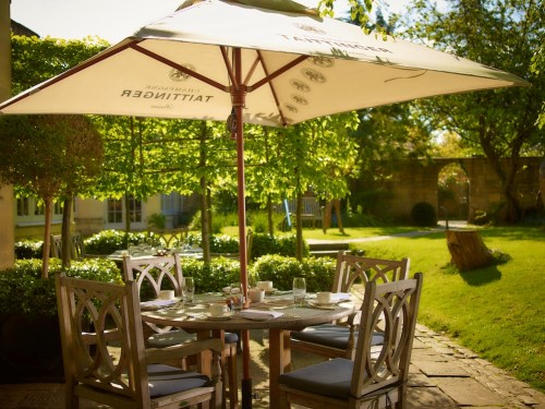 The Royal Crescent Hotel & Spa - Garden and Al Fresco Dining © The Royal Crescent Hotel & Spa