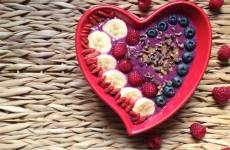 chia oat pitaya smoothie bowl recipe