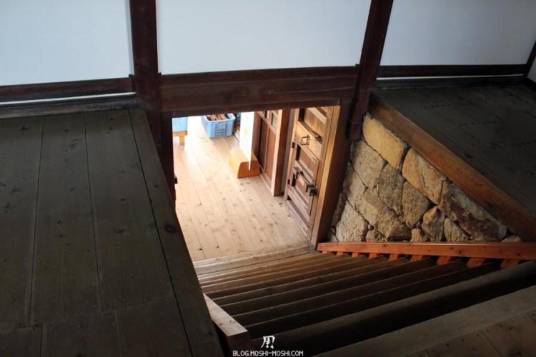 château d'Himeji interieur-escalier-abrupte.jpg