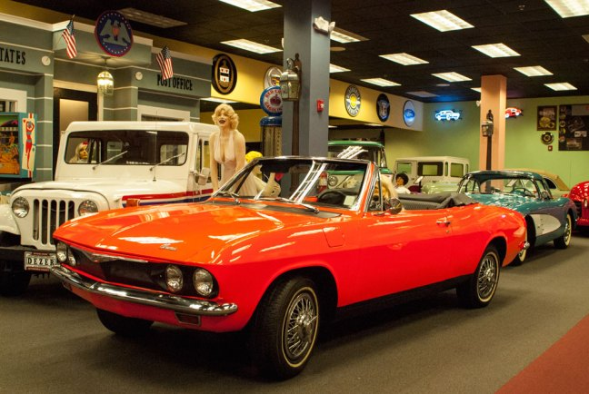 Miami Auto Museum - Dezer Collection Corvette