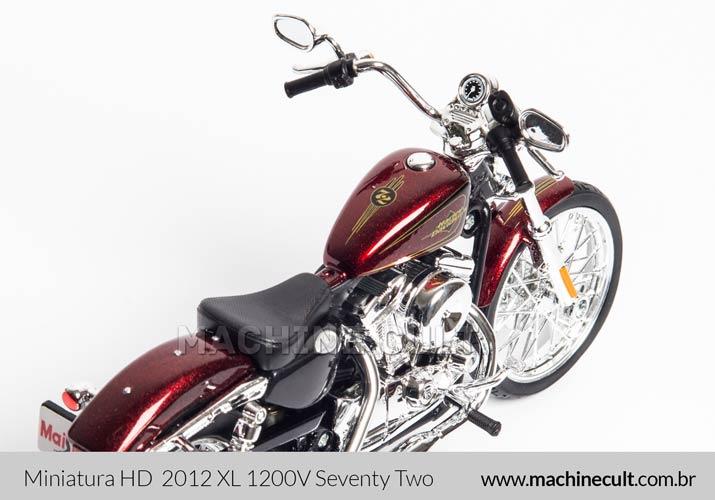 Miniatura Harley-Davidson 2012 XL 1200V Seventy Two
