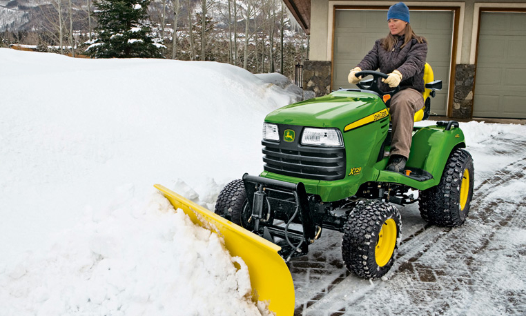 John Deere 44 Inch Snow Blower