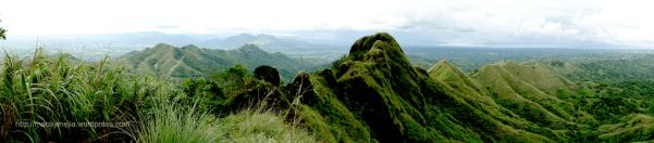 Mt Batulao - Panoramic view, kuha mula sa trail papuntang summit