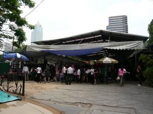 market_on_street2.jpg