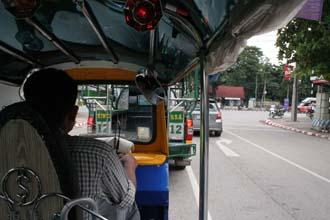 konkean_tuktuk_s.jpg