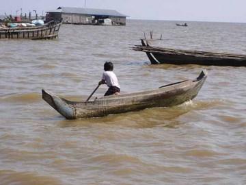 cambodia_lake2.jpg