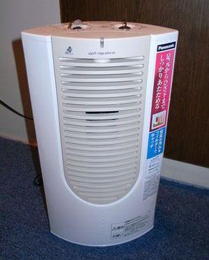 日本は寒いから…セラミックファンヒーターを買いました!