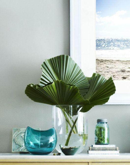 Rajouter quelques feuilles d'une plante tropicale dans sa déco