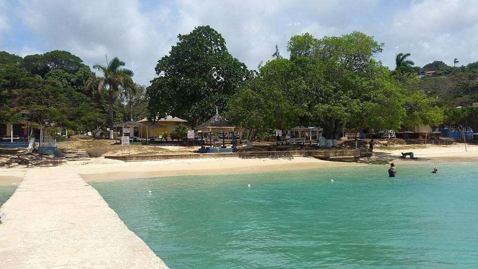 Beaches in Jamaica - Puerto Seco (Courtesy of Jamaica Submarine Adventures)