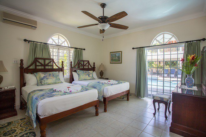 Make sure you consider room and bed configurations when you search for Jamaica villa rentals.