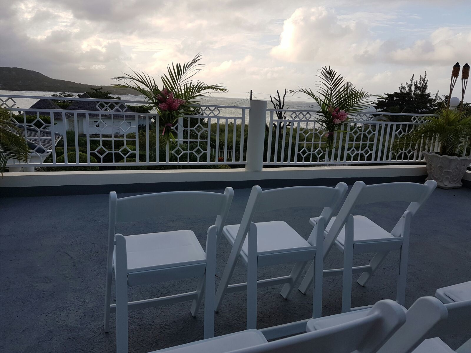 Jamaica wedding venues: The upper rooftop terrace at Mais Oui Tennis & Spa Villa in Discovery Bay Jamaica