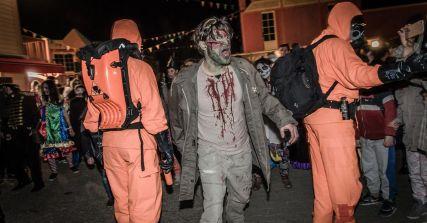 Halloween_2017_walibi_parade_zombi
