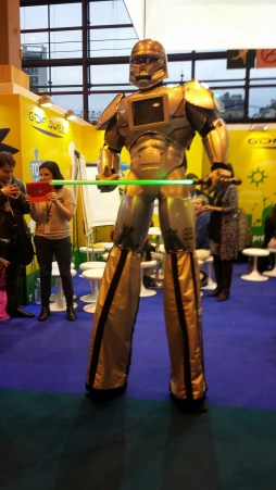 salon-du-livre-paris-SDL2015-stand-editeur-evenement-manga-tv-sreaming-anime-online-legal-gratuit-cosplay-robot(256)