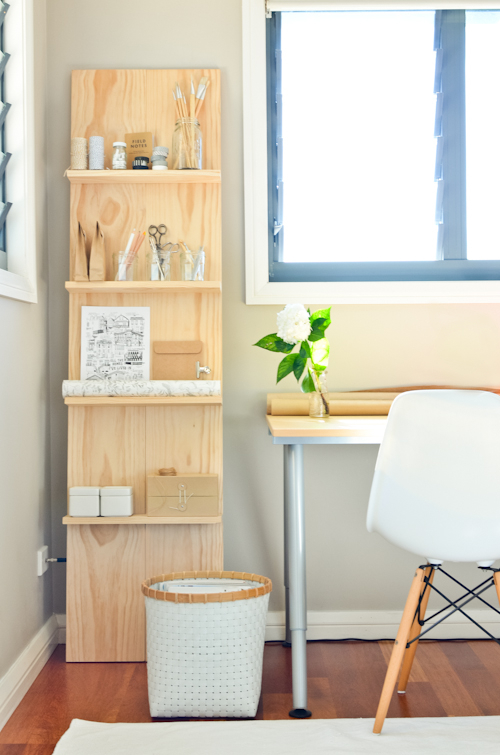 DIY shelving ideas shelves shelf the handy mano manomano simple Scandinavian leaning shelf