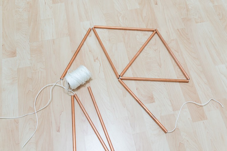 Scandi style table with copper pipes tubing Scandinavian nordic The handy mano manomanoScandi style table with copper pipes tubing Scandinavian nordic The handy mano manomano string piping