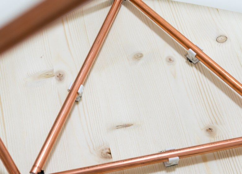 Scandi style table with copper pipes tubing Scandinavian nordic The handy mano manomano attach copper piping