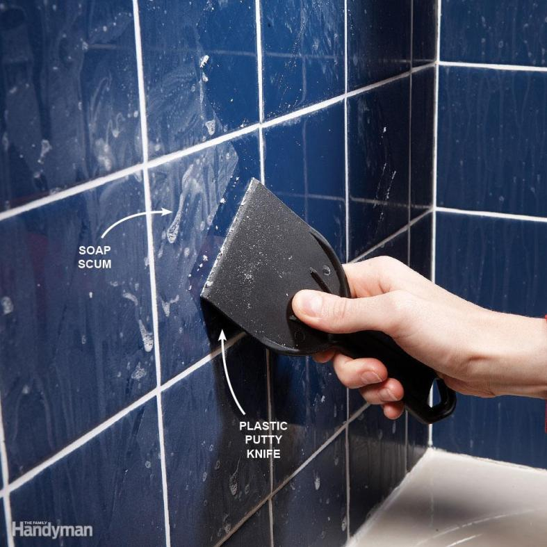Manomano mano mano thehandymano the handy mano diy do it yourself cleaning tips expert advice hacks 10 Cleaning Solutions by Experts putty scrape scum soap dirt