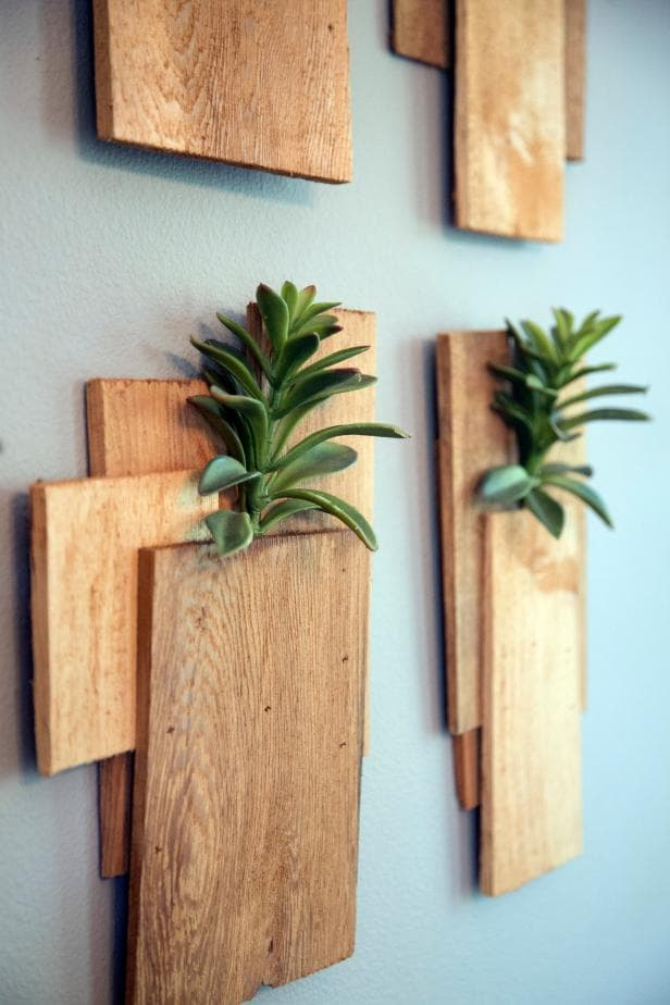 Wall Art Deco Ideas the handy mano thehandymano manomano mano diy do it yourself home improvement wall succulents plants greenery
