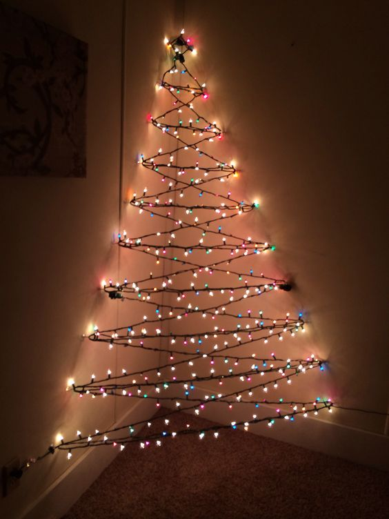 Alternative christmas trees alternative different tree the handy mano manomano mano diy do it yourself festive 3D effect lights on wall corner
