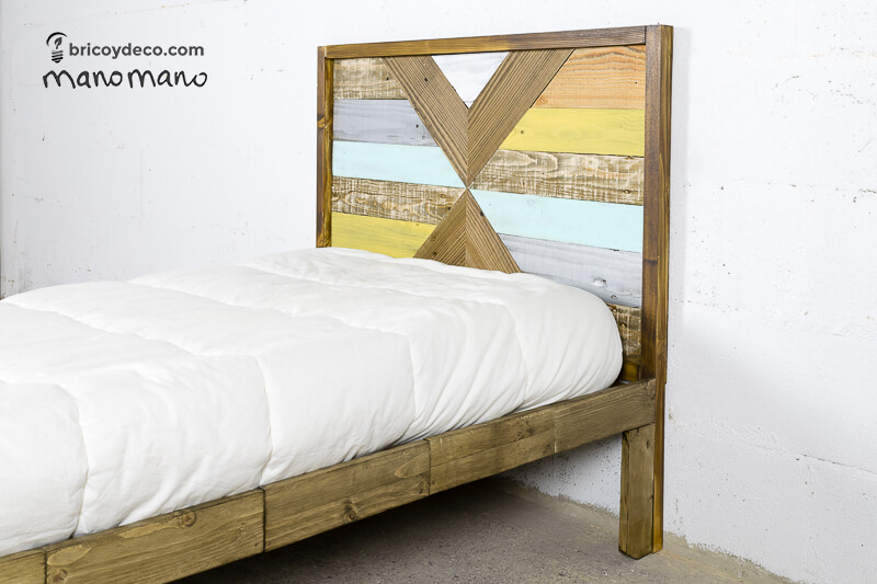 How to Make a Pallet Bed - The Handy Mano