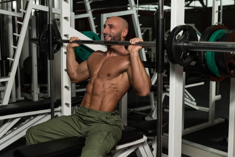 4 things you need to know about the smith cage machine get a workout overload