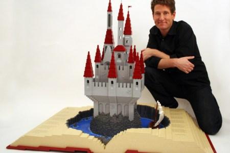 Nathan sawa Lego