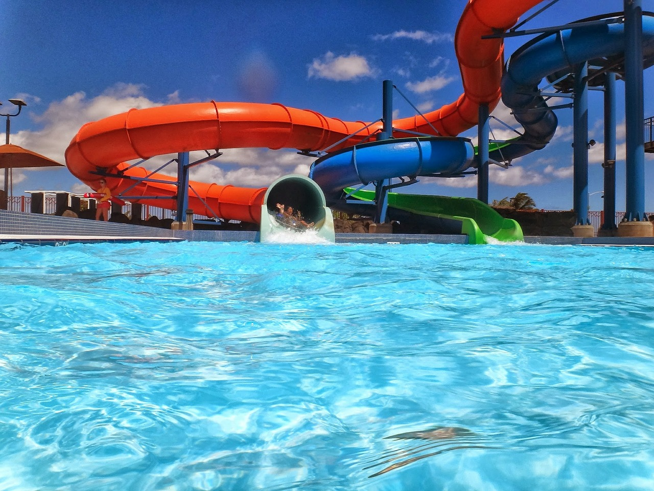 things to do with kids in erie: splash lagoon water park