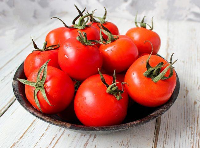 Cara-mengatasi-kulit-kering-makan-buah