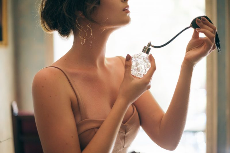 Tips agar parfum tahan lebih lama