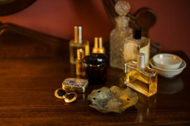 Penyimpanan parfum