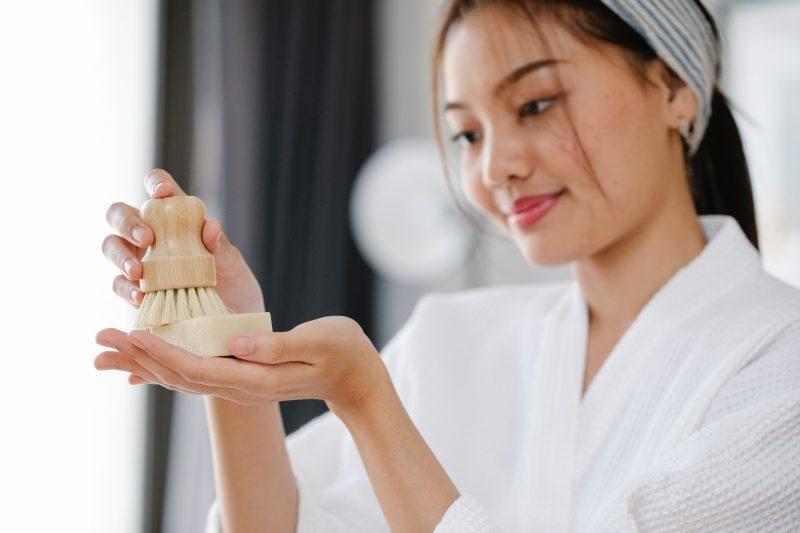 Urutan perawatan tubuh