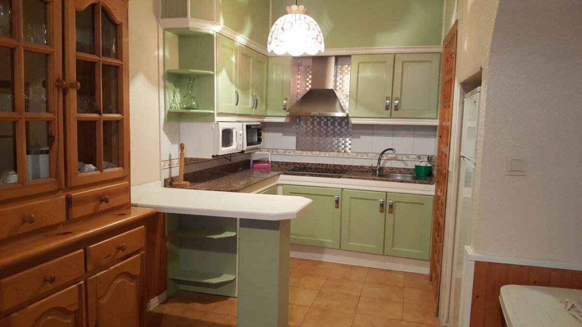 Renueva tu cocina con Verde Antiguo