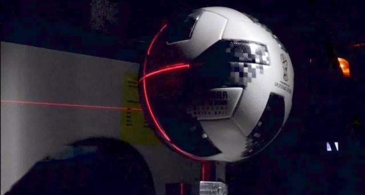 ¿Cómo ha mejorado el balón del Mundial de Rusia 2018 en comparación con los anteriores? En este post te diremos cuál es la tecnología detrás del Telstar 18.