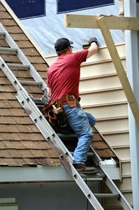 Nearly 300 American construction workers fell to their deaths last year.