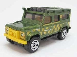 Matchbox MB838-A : Land Rover Defender 110