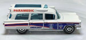 Matchbox MB994 : 1963 Cadillac Ambulance (Retro Series)