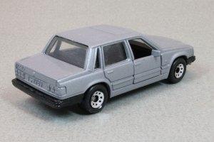 Matchbox MB171 : Volvo 760 (1987 Basic Range)