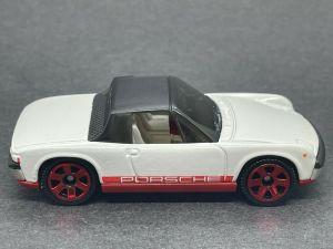 Matchbox MB785 : '71 Porsche 914 (2021 Basic Range)