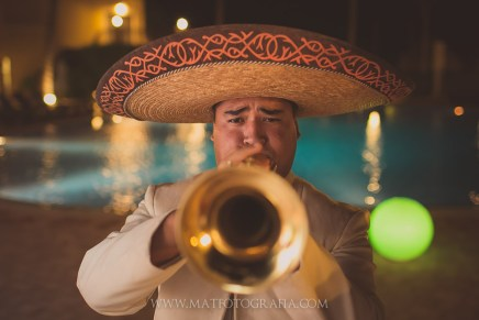 Hotel Coral & Turquoise wedding mexico