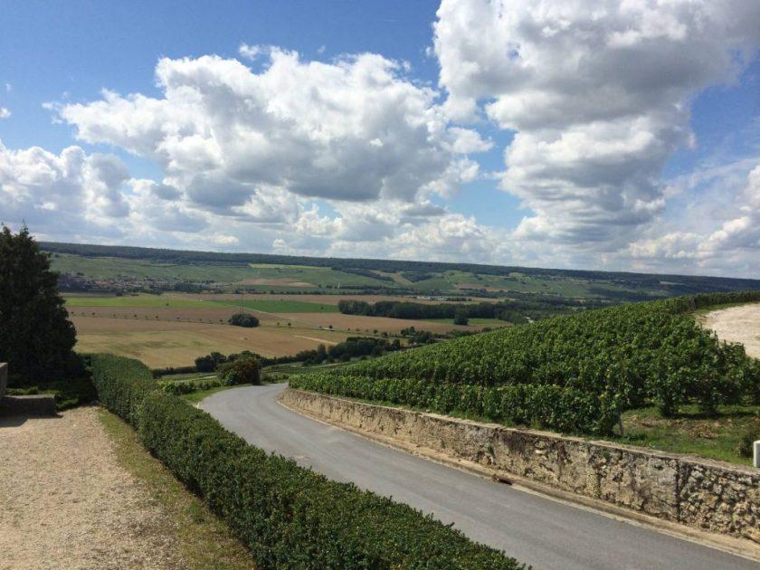 Route de la Champagne.