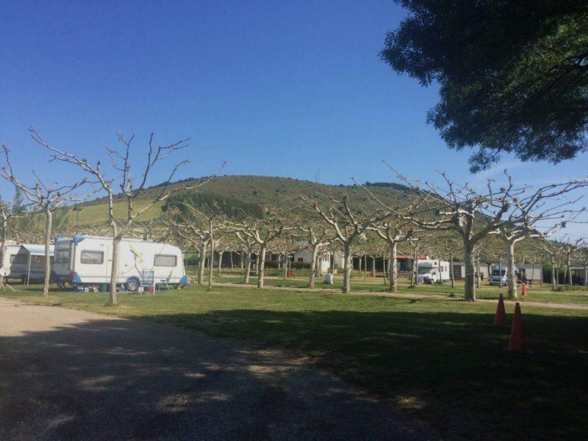 Kesälomakausi ei ollut vielä alkanut, Ezcabarten kämppäri, Espanja.