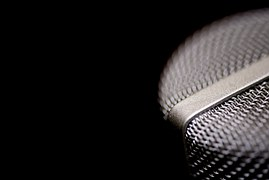 microphone-1102739__180