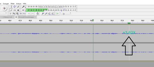 Ein Beispiel für's Scrubbing. Das Ziehen im Feld über der Audiospur mit der Maus sorgt für ein schnelleres Abspielen, je weiter weg man vom Tonkopf ist, desto schneller geht es.