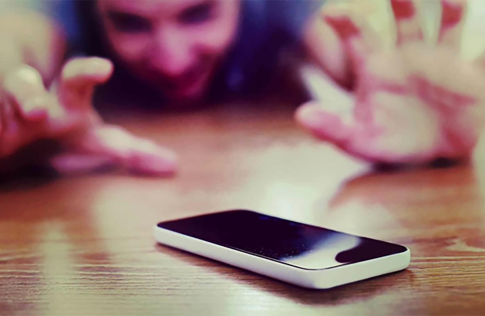 Votre enfant passe trop de temps sur son téléphone ?
