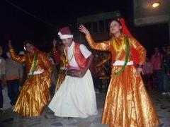 Tanzende Kinder während Tihar