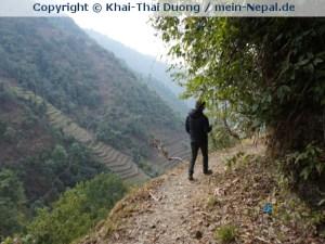 Ein beschwerlicher Weg mit tiefen Abgrund. (Foto: Khai-Thai Duong)