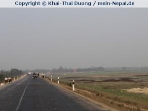 Im Terai geht es nicht hoch hinaus. Der Süden Nepals ist absolutes Flachland.